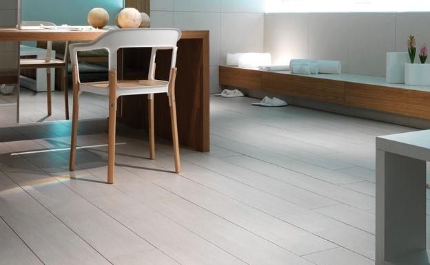 Gres porcelanico reproducciones en madera sinergia y materiales - Gres porcelanico madera ...