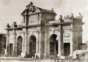 Puerta de alcala 1857