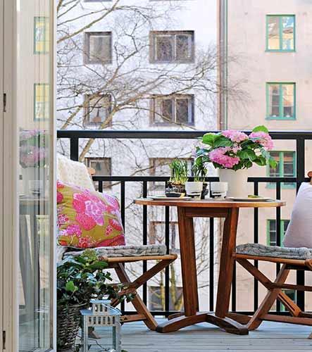 Decoracion de terrazas peque as sinergia y materiales for Decoracion de terrazas pequenas