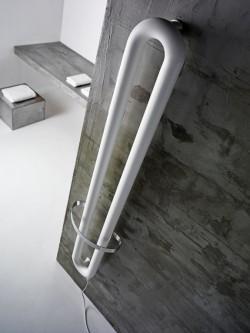 TUBONE BATH-radiador acero-toallero-diseño-An.trax